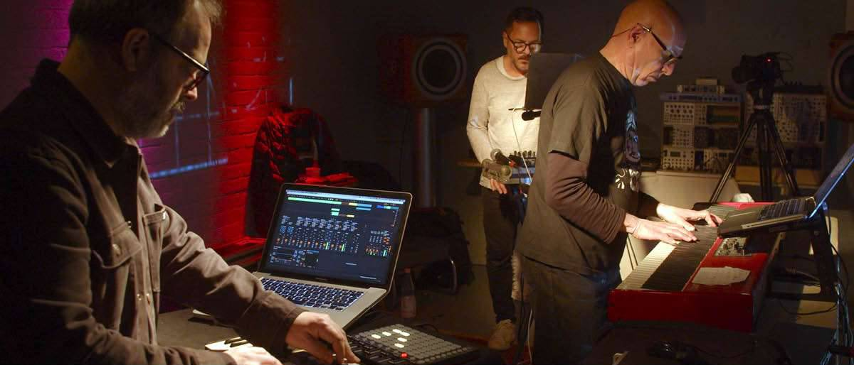 Argenis Brito, Miguel Noya & Miguel Toro live at CDV.TV this Sunday