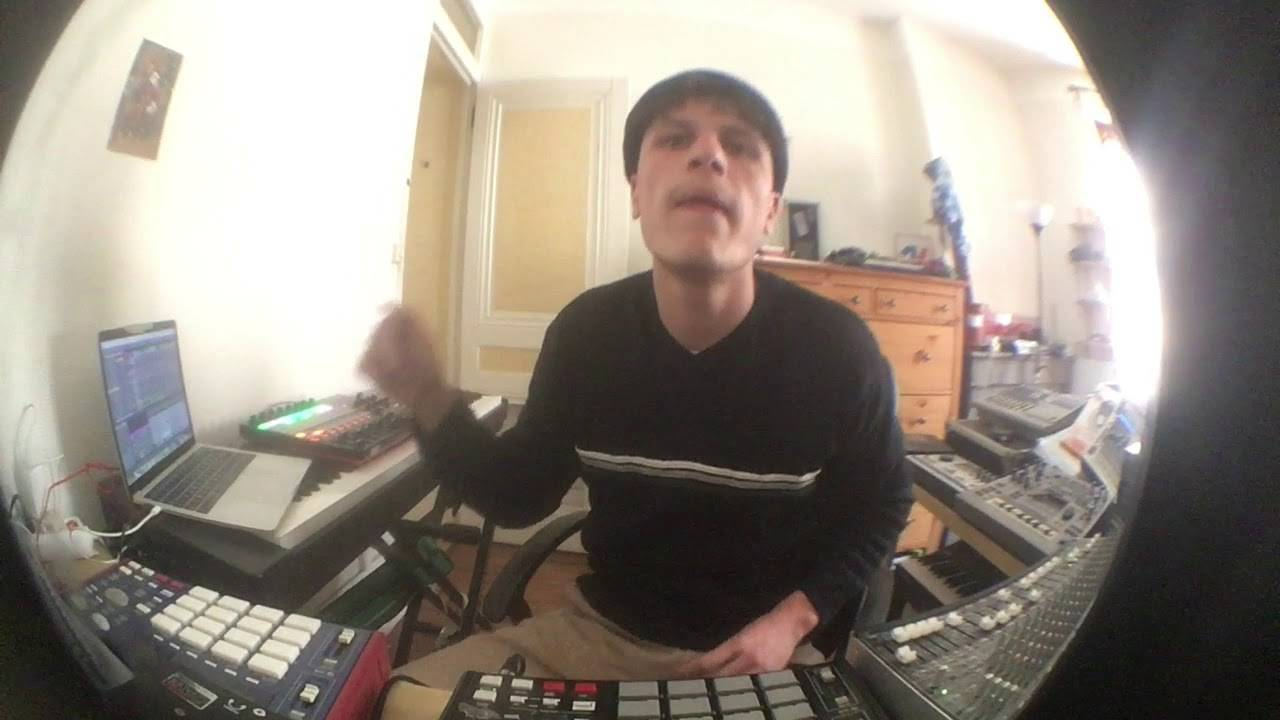 Sweely, a producer from another planet