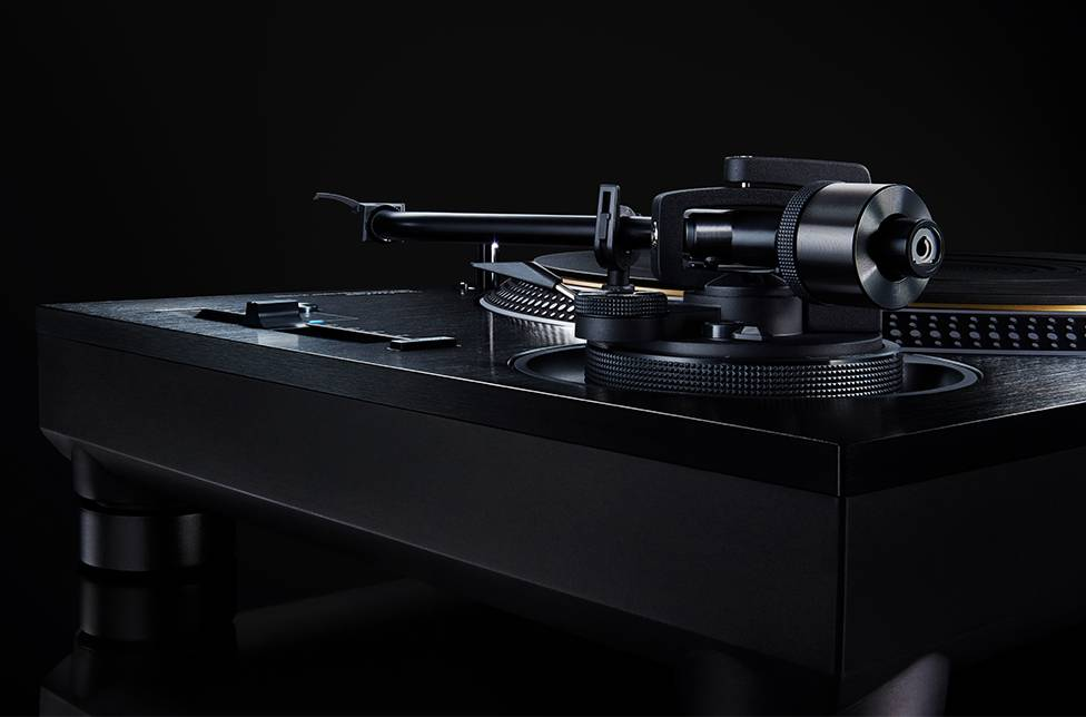 The new turntable SL-1210G from Technics will be for sale in October